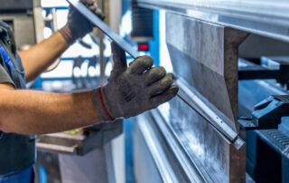 itinerarios formativos para profesionales del sector del metal